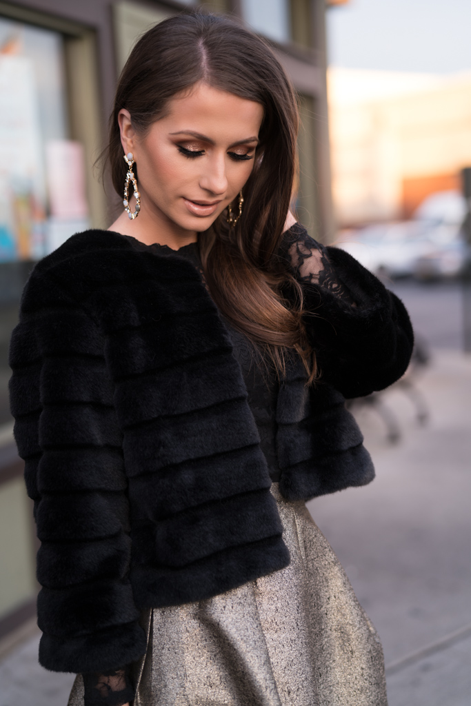 Best Statement Earrings for Holiday Season_2